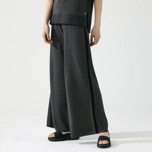 BLACK ラインニットパンツ / BLACK PANTS WOMAN
